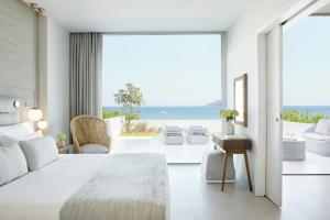 Junior Suite, Sea View (Private Garden)